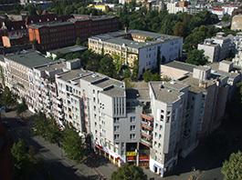 Häuserblock Soldiner Straße/Prinzenallee mit der PA 58 / ehemalige Hutfabrik Gattel